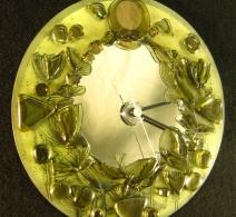 Laikrodis ant veidrodzio , clock on glass , часы на стекле