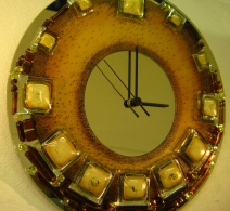 Gintarinis. , clock on glass , часы на стекле