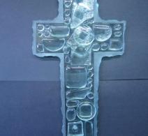 Stilizuotas stiklinis kryžius papuoš Jūsų namus